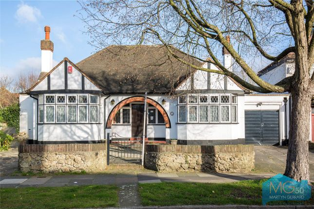 Thumbnail Bungalow for sale in Church Way, Whetstone, London
