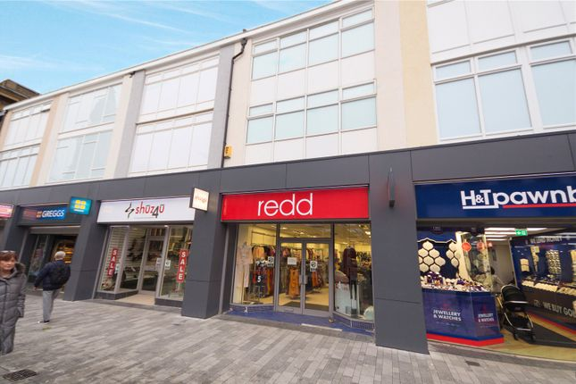 Office to let in Newport Street, Bolton