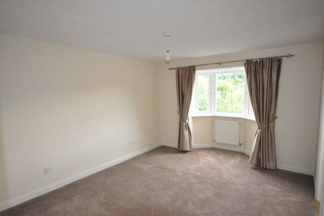 Thumbnail Detached house to rent in Oakleigh Road, Cheadle Hulme