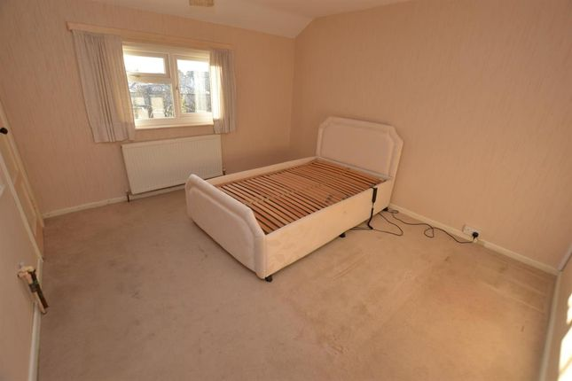 Bedroom 1 of Trenant Road, Leicester LE2