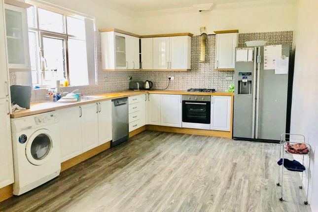Thumbnail Property to rent in Ederoyd Rise, Stanningley, Pudsey
