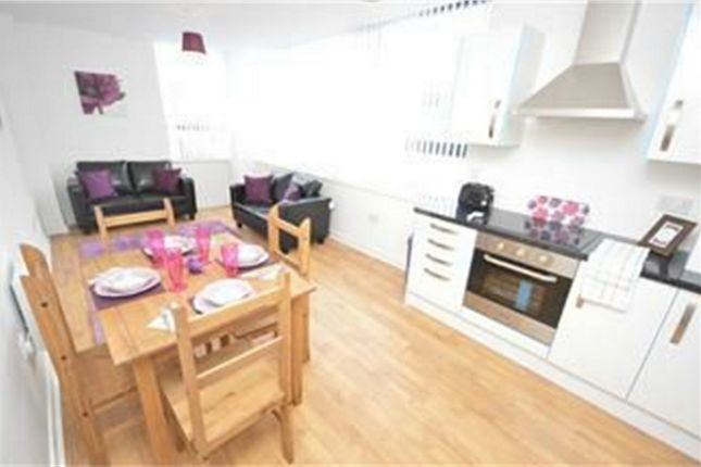 Thumbnail Flat to rent in 18 John Street, City Centre, Sunderland, Tyne And Wear
