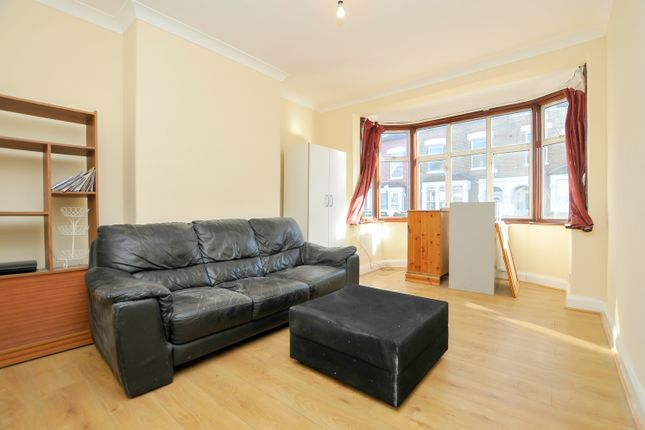 Thumbnail Terraced house to rent in Eade Road, Manor House