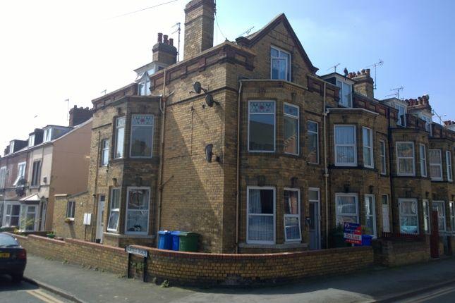 Thumbnail Flat to rent in Richmond Street, Bridlington