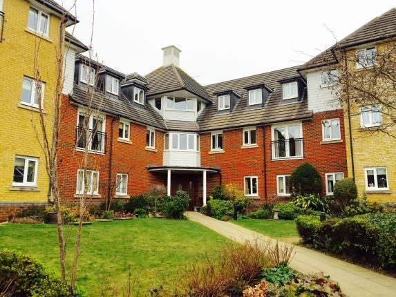 Thumbnail Flat for sale in Windsor Court, Hoxton Close, Ashford, Kent