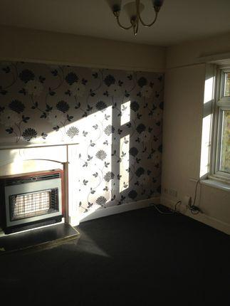 Thumbnail Flat to rent in Pasture Lane, Bradford