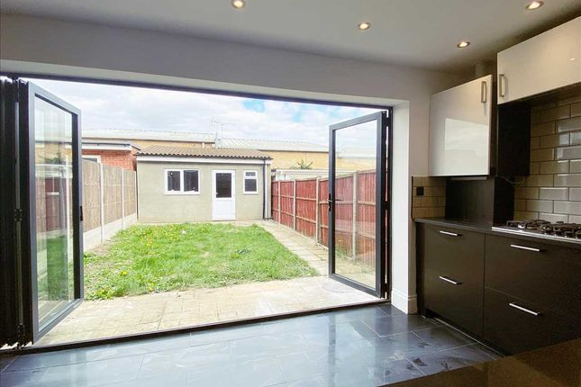 Thumbnail Terraced house to rent in The Chase, Edgware