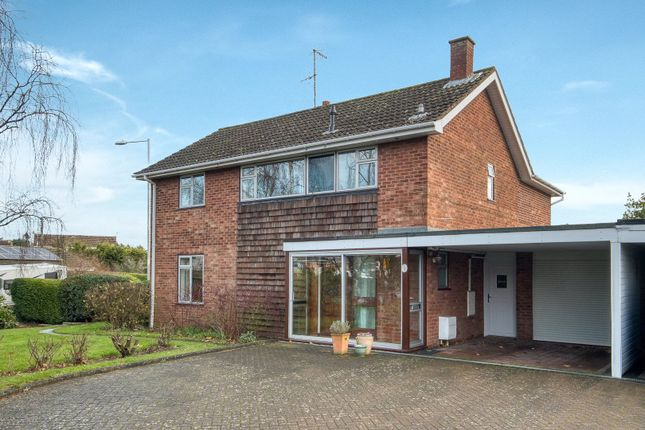 Picture No. 17 of Paddock Close, Pershore, Worcestershire WR10