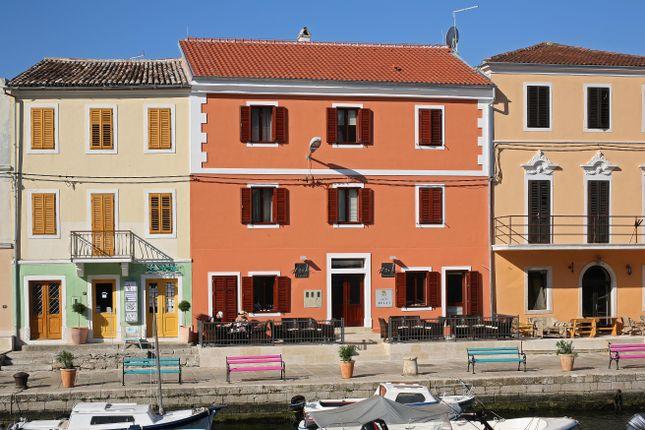 Thumbnail Hotel/guest house for sale in Veli Lošinj, Veli Lošinj, Croatia