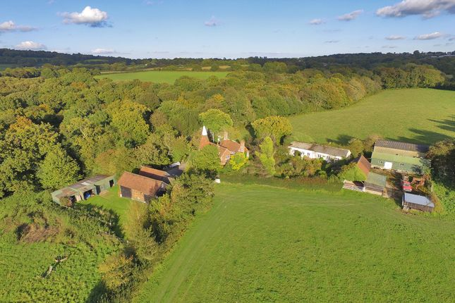 Thumbnail Farmhouse for sale in Brickyard Lane, Rotherfield