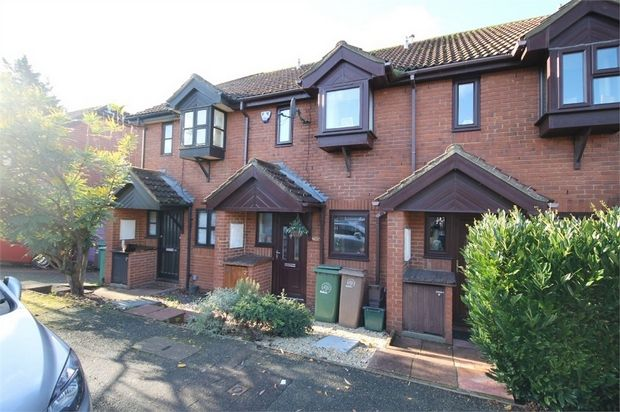 Thumbnail Terraced house for sale in Petersham Terrace, Richmond Green, Croydon, Surrey