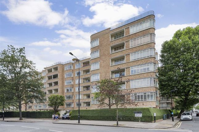 Thumbnail Flat for sale in Viceroy Court, London
