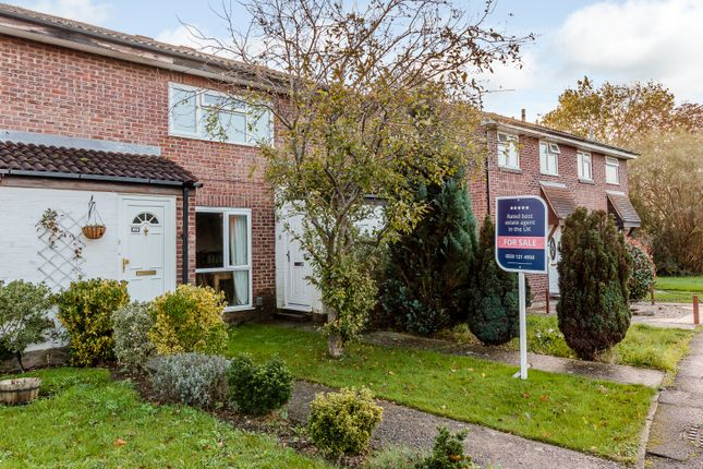 Thumbnail Flat for sale in 18 Corsham Road, Calcot, Reading