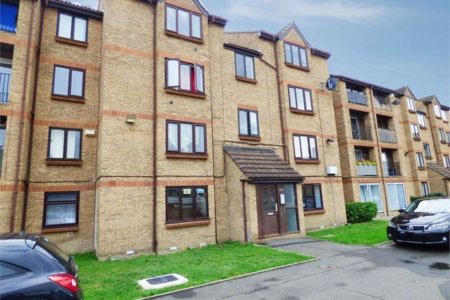 2 bed flat for sale in Sandcliff Road, Erith, Kent DA8