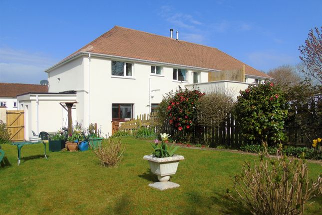2 bed flat for sale in Nightingale Place, Dinas Powys CF64