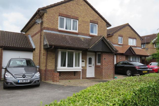 Thumbnail Property to rent in Wetherby Gardens, Milton Keynes, Bucks