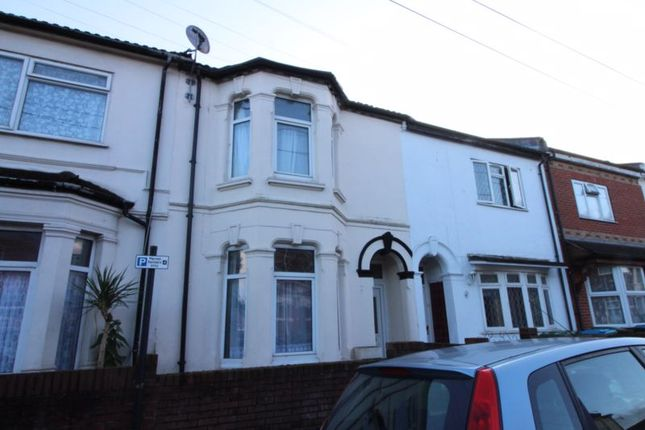 Thumbnail Terraced house to rent in Oxford Avenue, Southampton