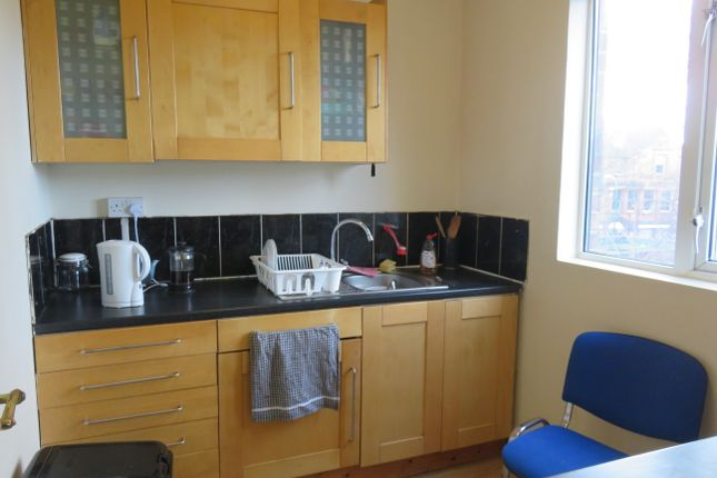 Thumbnail Flat to rent in Park Road, Lenton, Nottingham