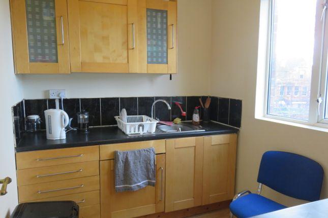 Thumbnail Flat to rent in Park Road, Lenton, Nottingham