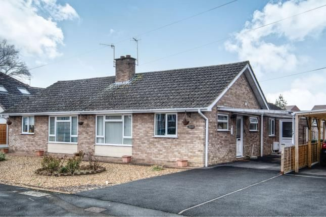 Thumbnail Bungalow for sale in St. Andrew Road, Evesham, Worcestershire