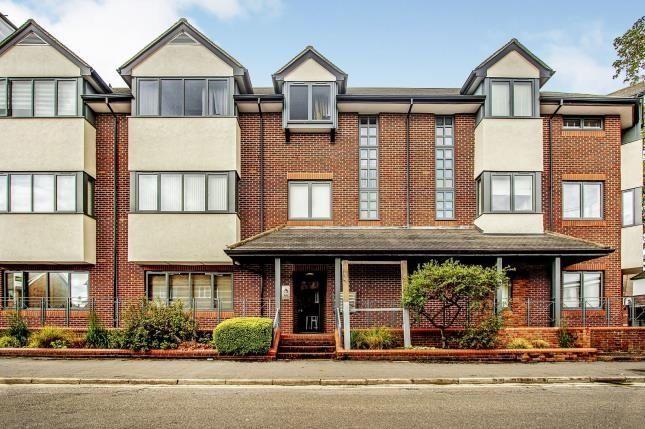 2 bed flat for sale in Lavender Park Road, West Byfleet KT14