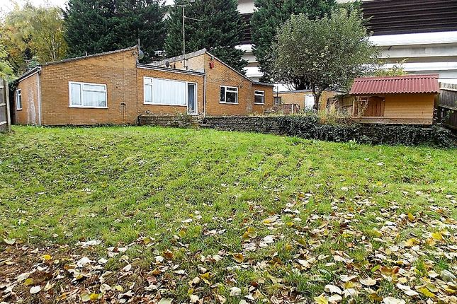 Thumbnail Bungalow for sale in Warwick Crescent, Rochester