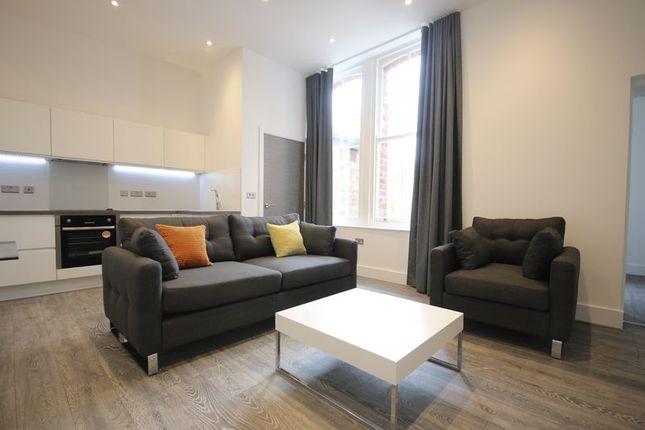 1 bed flat to rent in Grove Villas, Cardigan Road, Headingley, Leeds LS6