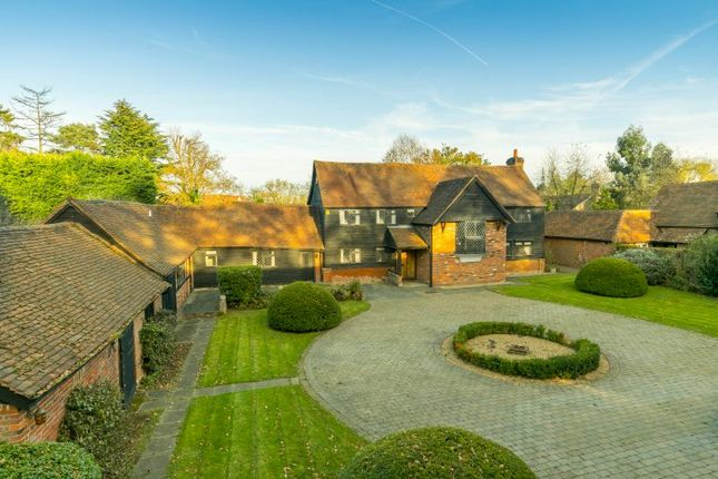 Thumbnail Detached house for sale in Burtons Lane, Chalfont St. Giles
