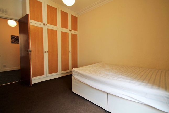 Thumbnail Flat to rent in Baldovan Terrace, Dundee