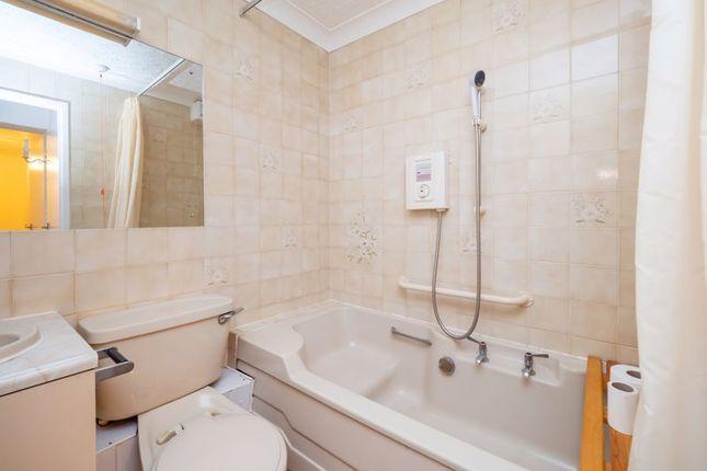 Bathroom of Louden Road, Cromer NR27