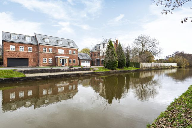 Thumbnail Detached house for sale in Drywood Avenue, Worsley, Manchester