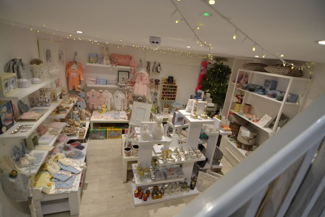 Thumbnail Retail premises for sale in Lower Richmond Road, Putney