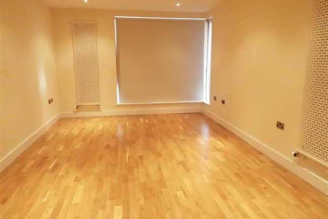 Thumbnail Flat to rent in 9, The Vineyard, Salford