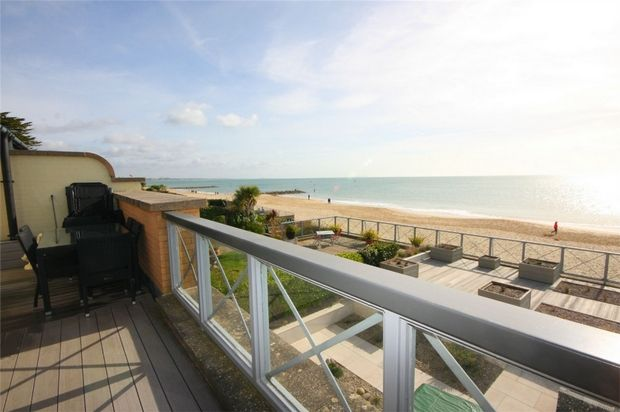 Thumbnail Flat for sale in Carina Court, 137-139 Banks Road, Sandbanks, Poole, Dorset