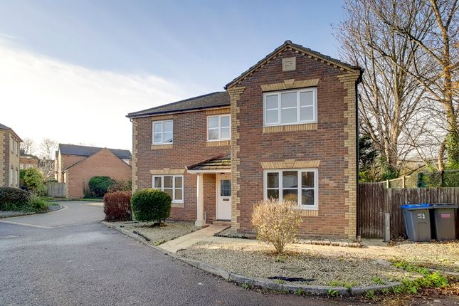 Thumbnail Detached house to rent in Dittoncroft Close, Croydon