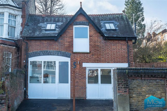 Thumbnail Detached house for sale in Rosebery Road, Muswell Hill, London