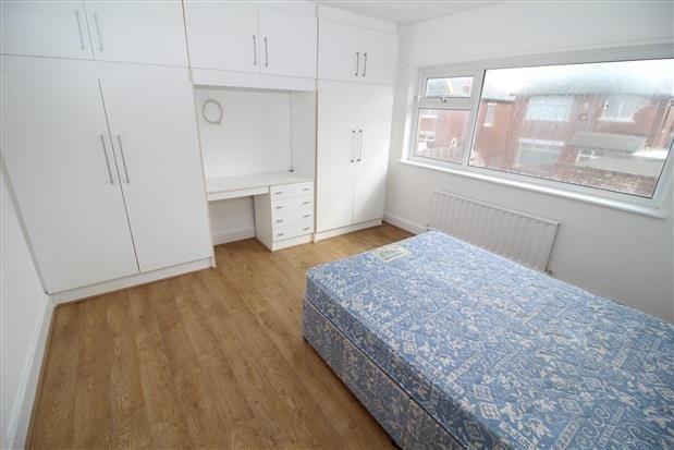 Bedroom 2 of Carr Gate, Thornton-Cleveleys FY5