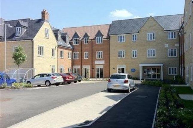 Thumbnail Flat to rent in Cassington Road, Yarnton, Kidlington