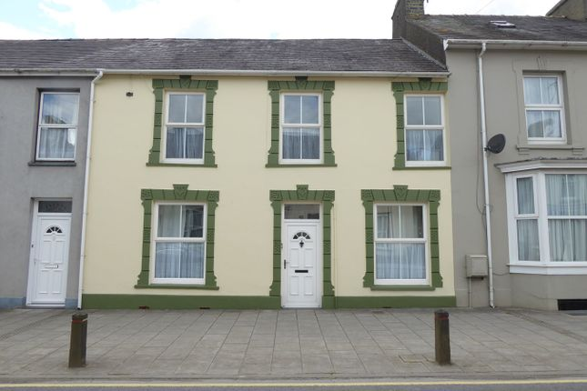 Thumbnail Terraced house for sale in 46 Bridge Street, Lampeter