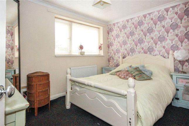 Picture No. 16 of Grove Close, Winsford, Cheshire CW7