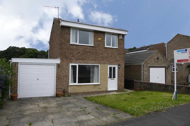 Thumbnail Detached house for sale in Carr Wood Way, Calverley, Leeds, West Yorkshire