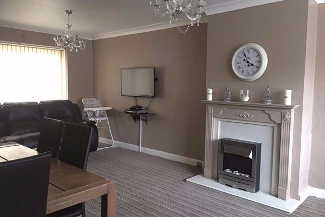 Thumbnail Semi-detached house to rent in Glen View Road, Sheffield