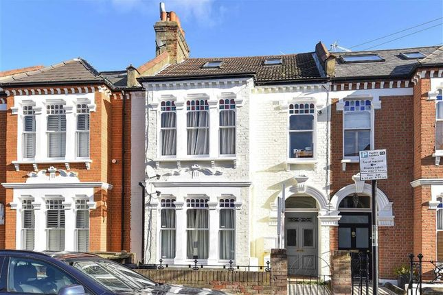 Thumbnail Flat for sale in Louisville Road, Balham