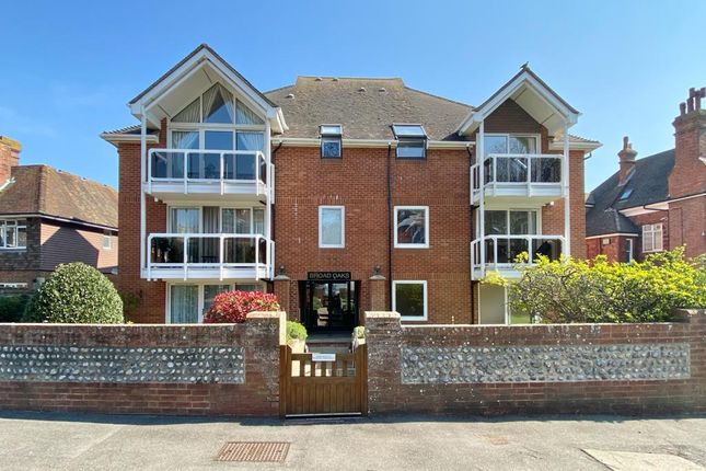 1 bed flat for sale in Silverdale Road, Eastbourne BN20