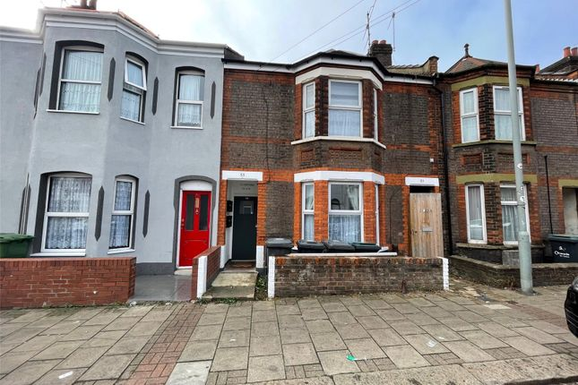 4 bed flat for sale in Crawley Road, Luton LU1