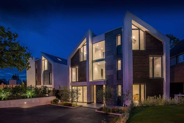 Thumbnail Detached house for sale in Uphill Road, Mill Hill, London
