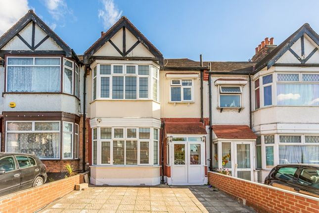 Thumbnail Terraced house to rent in The Drive, Cranbrook, Ilford