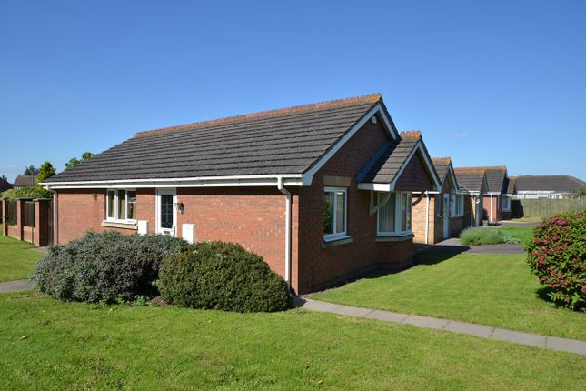 Thumbnail Detached bungalow for sale in Godsey Lane, Market Deeping, Peterborough