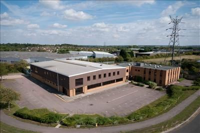 Office to let in 1 Hammond Road, Elms Industrial Estate, Bedford