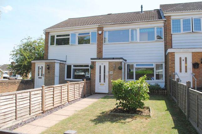 Thumbnail Terraced house for sale in Grangeway, Rushden